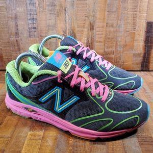 New Balance Womens 680 Sneakers